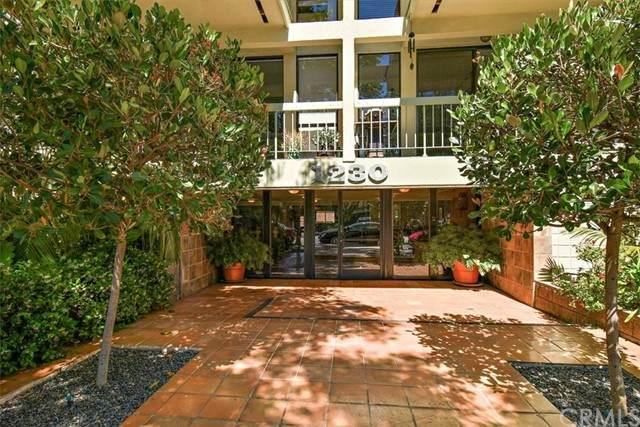 1230 N Sweetzer Avenue #208, West Hollywood, CA 90069 (#CV21126550) :: Powerhouse Real Estate