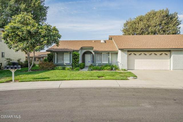 42064 Village 42, Camarillo, CA 93012 (#221003313) :: Mark Nazzal Real Estate Group