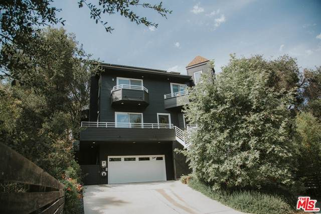 1725 West Trail, Topanga, CA 90290 (#21750404) :: Team Forss Realty Group