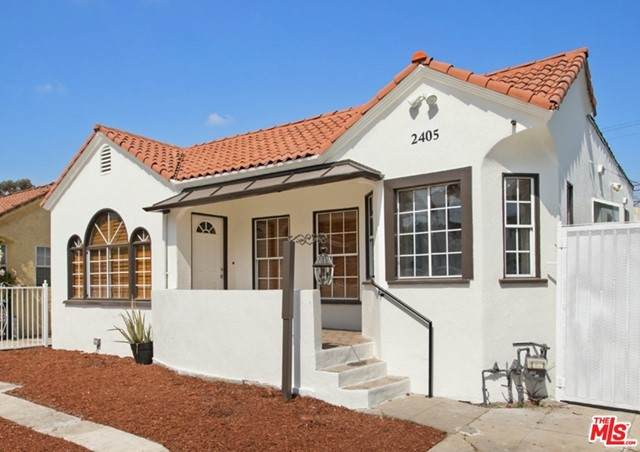 2405 Clyde Avenue, Los Angeles (City), CA 90016 (#21750532) :: Blake Cory Home Selling Team