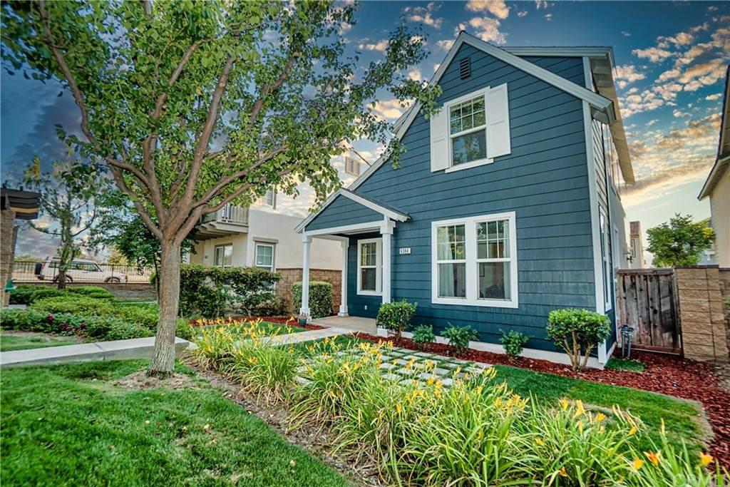 6384 Lionel Court, Riverside, CA 92504 (#DW21132272) :: Zember Realty Group
