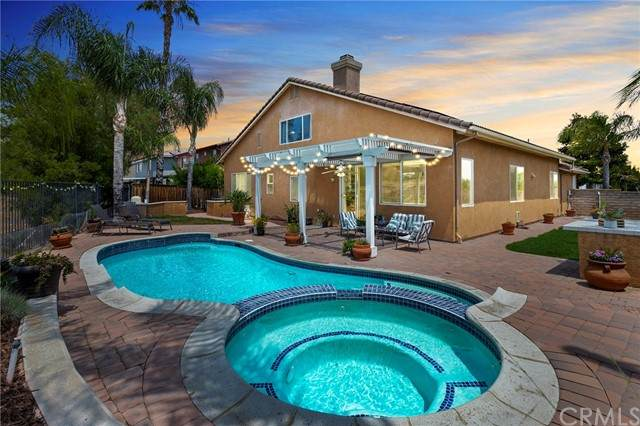 41245 Breckin Court, Murrieta, CA 92562 (#SW21132212) :: RE/MAX Empire Properties