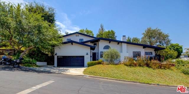 11530 Dona Teresa Drive, Studio City, CA 91604 (#21749646) :: Team Tami