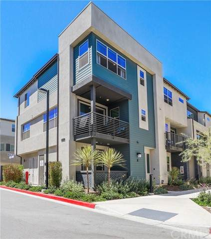 1839 Mint Terrace #5, Chula Vista, CA 91915 (#SW21132362) :: The Marelly Group | Sentry Residential