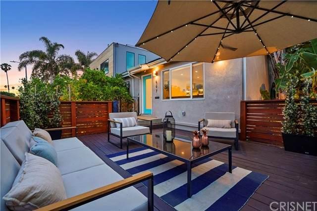 667 Vernon Avenue, Venice, CA 90291 (#SR21131583) :: Bathurst Coastal Properties