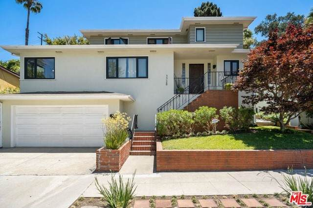 3728 Mullen Place, View Park, CA 90043 (#21750278) :: Team Forss Realty Group