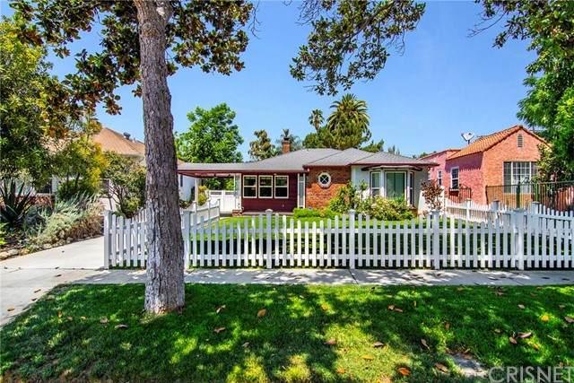 5749 Beck Avenue, North Hollywood, CA 91601 (#SR21120921) :: Team Tami