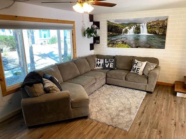 9415 Carlton Oaks Drive E, Santee, CA 92071 (#PTP2104255) :: Mark Nazzal Real Estate Group