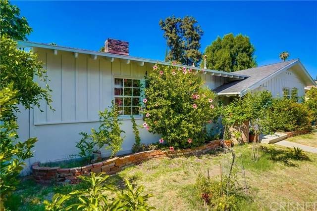 22715 Burbank Boulevard, Woodland Hills, CA 91367 (#SR21132451) :: Steele Canyon Realty