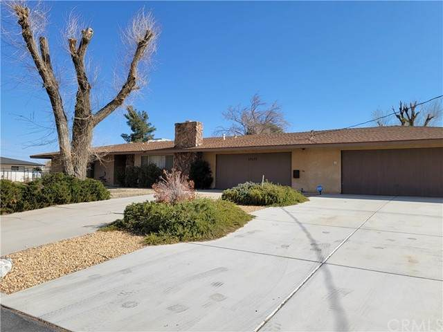 19175 Kinai Road, Apple Valley, CA 92307 (#CV21132603) :: Amazing Grace Real Estate | Coldwell Banker Realty