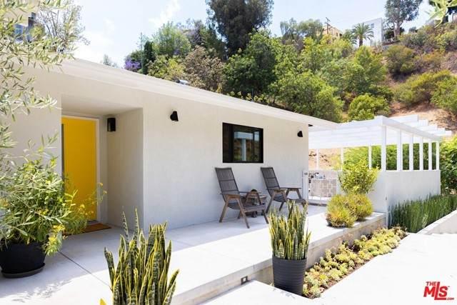 5935 Canyon Heights Lane, Los Angeles (City), CA 90068 (#21749258) :: Zutila, Inc.