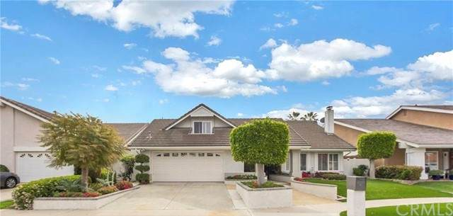 21902 Summerwind Lane, Huntington Beach, CA 92646 (#OC21132586) :: Zen Ziejewski and Team