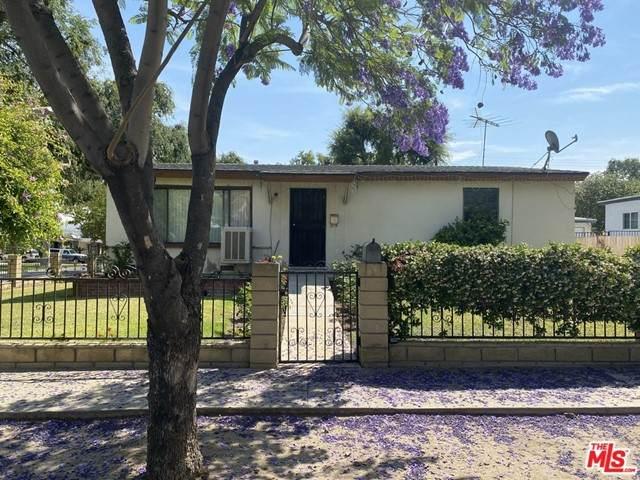 1201 Lime Street, Corona, CA 92879 (MLS #21749966) :: Desert Area Homes For Sale