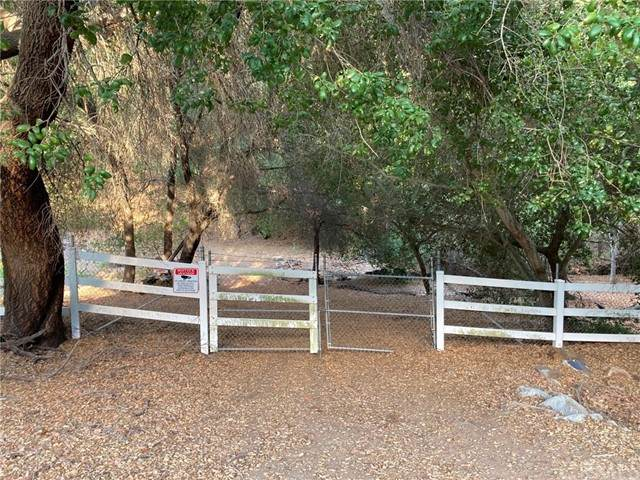 1 Via Vaquero, Temecula, CA 92590 (#SW21132782) :: Steele Canyon Realty
