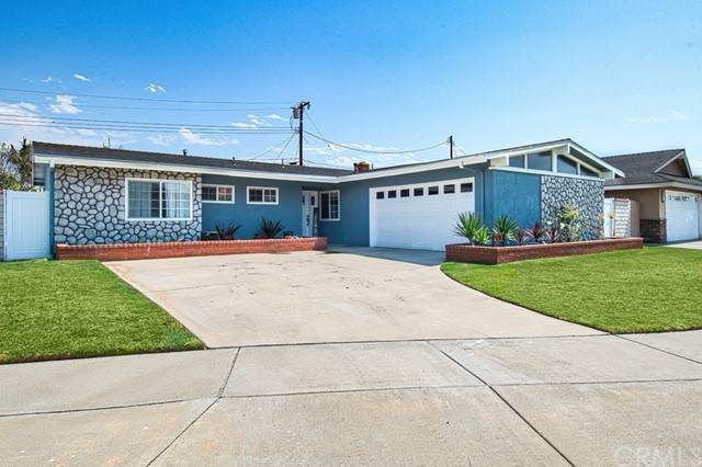9281 Groton Drive, Huntington Beach, CA 92646 (#LG21131040) :: Zen Ziejewski and Team