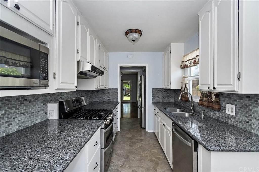 5567 Barclay Avenue, San Diego, CA 92120 (#CV21132744) :: Blake Cory Home Selling Team