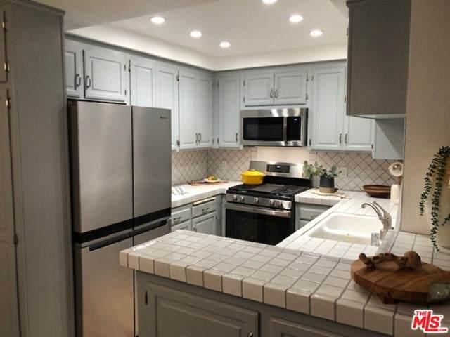 8601 Falmouth Avenue #406, Playa Del Rey, CA 90293 (#21750808) :: Bathurst Coastal Properties
