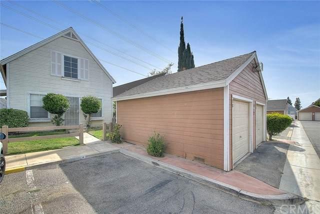 14605 Woodland Drive #18, Fontana, CA 92337 (#CV21132825) :: Zen Ziejewski and Team