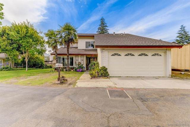 10115 Cliffside Pl, Spring Valley, CA 91977 (#210017006) :: Realty ONE Group Empire