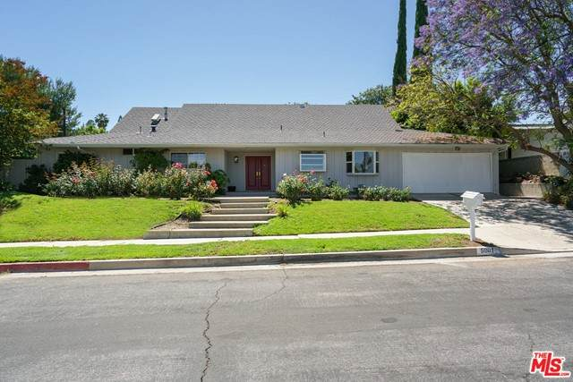 5901 Lockhurst Drive, Woodland Hills, CA 91367 (#21735868) :: Steele Canyon Realty
