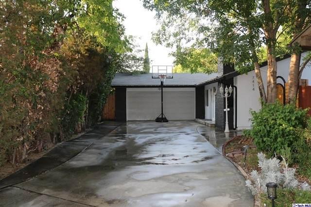 7414 Delco Avenue, Canoga Park, CA 91306 (#320006532) :: Zen Ziejewski and Team