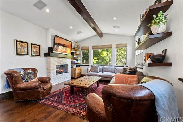 635 5th Street, Hermosa Beach, CA 90254 (#SB21118593) :: Bathurst Coastal Properties