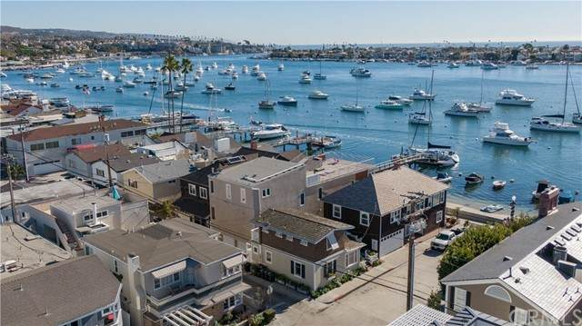 104 Onyx, Newport Beach, CA 92662 (#OC20210035) :: Pam Spadafore & Associates