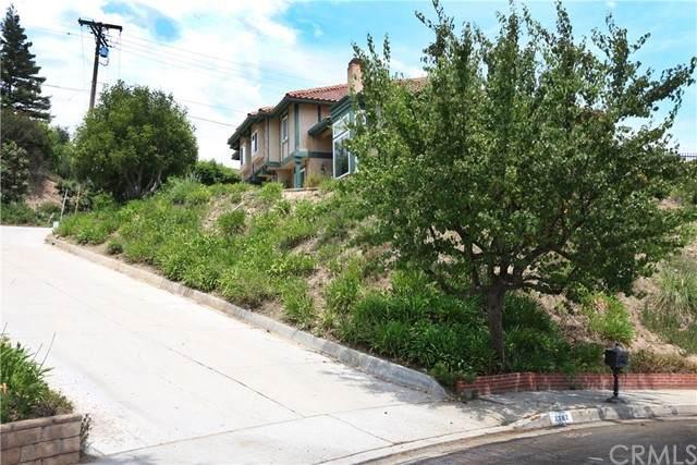 2362 Flintridge Drive, Glendale, CA 91206 (#AR21133172) :: The Miller Group
