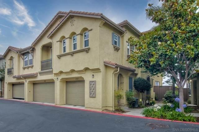 425 S Meadowbrook #137, San Diego, CA 92114 (#210017046) :: Blake Cory Home Selling Team