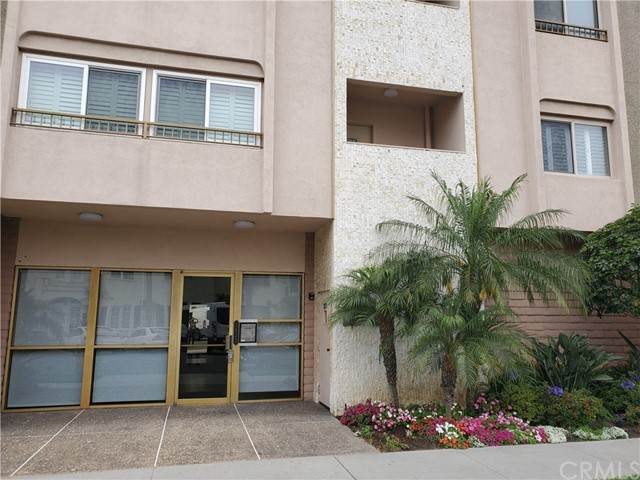 1635 E Ocean Boulevard 2F, Long Beach, CA 90802 (#OC21132414) :: Wendy Rich-Soto and Associates