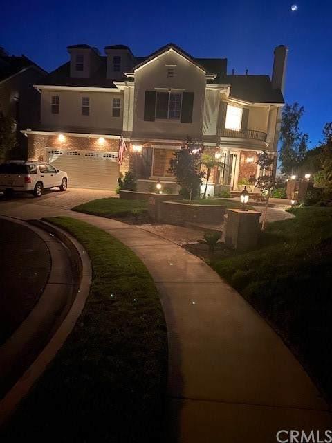 23221 Castle Rock, Mission Viejo, CA 92692 (#OC21133373) :: Veronica Encinas Team