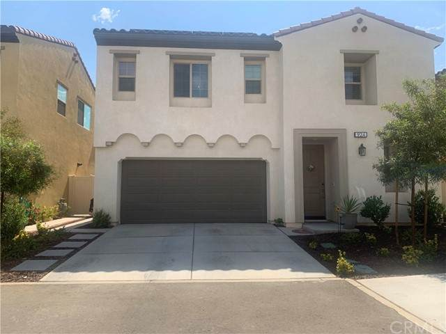 924 Bluebell Way, Beaumont, CA 92223 (#EV21133408) :: Holmes Muirhead Team at Reviron Realty