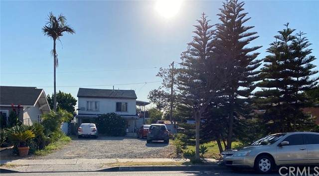 2222 S Hickory Street, Santa Ana, CA 92707 (#DW21133439) :: RE/MAX Empire Properties