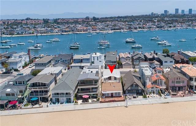 1011 E Balboa Boulevard, Newport Beach, CA 92661 (#NP21132931) :: Pam Spadafore & Associates