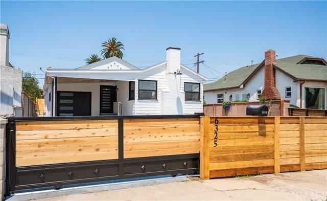 6325 6th Ave, Los Angeles (City), CA 90043 (#CV21133515) :: Veronica Encinas Team