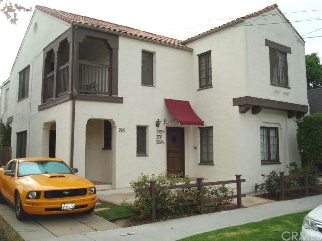 235 Orizaba Street, Long Beach, CA 90803 (#SB21133582) :: The Najar Group