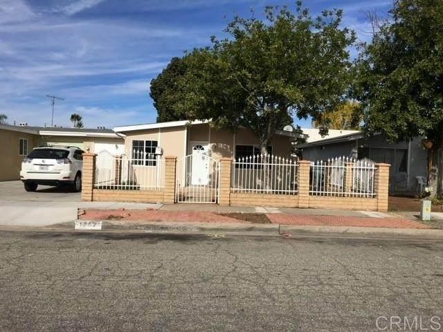 1752 Fairdale Avenue, Escondido, CA 92027 (#PTP2104302) :: The Najar Group
