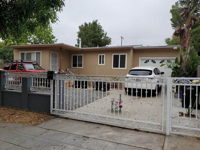 3180 82 Clay Ave, San Diego, CA 92113 (#210017118) :: Compass