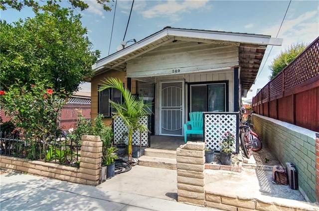 209 W Sycamore Avenue, Orange, CA 92866 (#NP21133861) :: First Team Real Estate