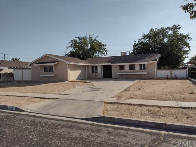15708 Gazelle Street, Victorville, CA 92395 (#PW21133914) :: RE/MAX Masters