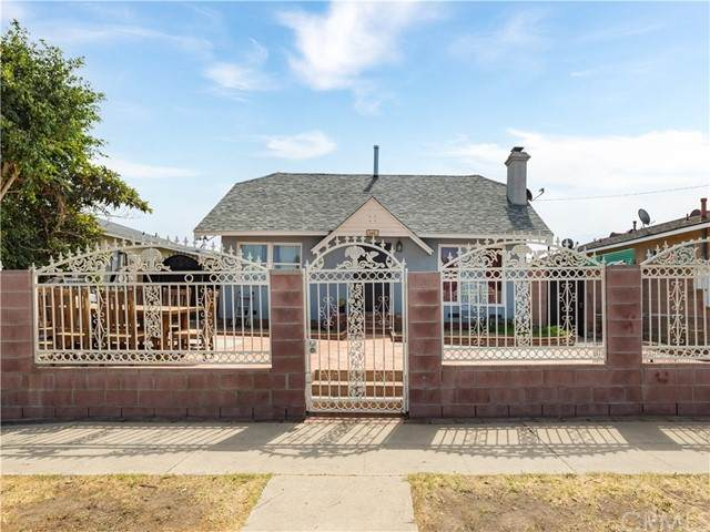 822 King Avenue, Wilmington, CA 90744 (#WS21133461) :: Swack Real Estate Group | Keller Williams Realty Central Coast