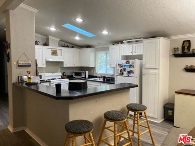 25484 Lake Wohlford Road #58, Escondido, CA 92027 (#21751186) :: Blake Cory Home Selling Team