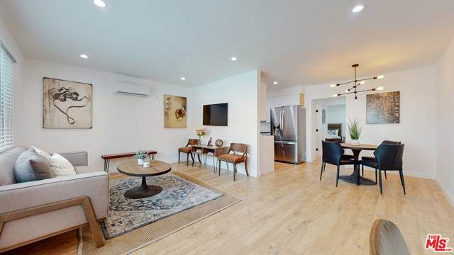1435 N Fairfax Avenue #1, West Hollywood, CA 90046 (MLS #21751244) :: CARLILE Realty & Lending