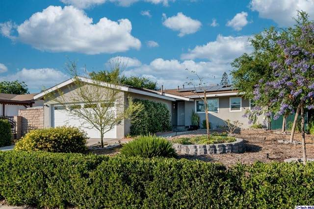 11730 Glencrest Drive, San Fernando, CA 91340 (#320006505) :: Cochren Realty Team | KW the Lakes