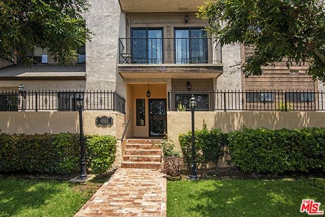 4555 Franklin Avenue #10, Los Angeles (City), CA 90027 (#21751278) :: Cochren Realty Team | KW the Lakes