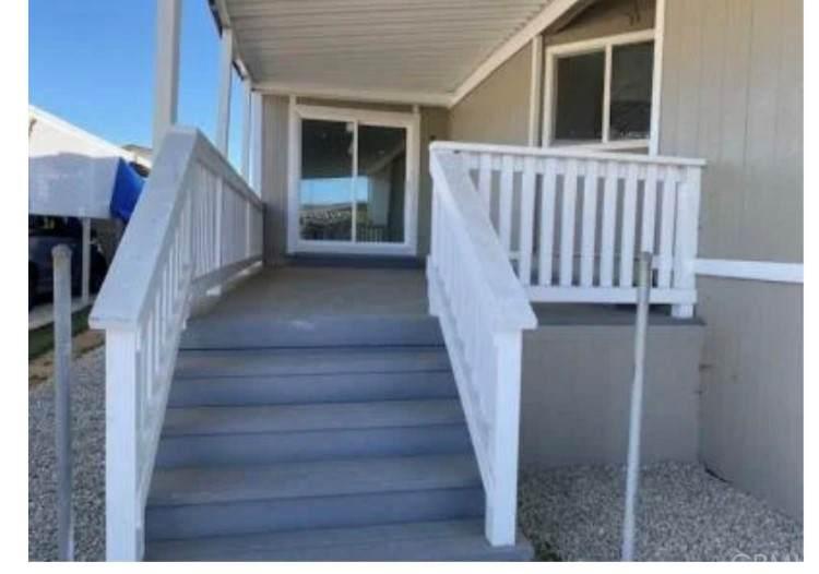 2601 E Victoria Street #15, Rancho Dominguez, CA 90220 (#PW21133718) :: Hart Coastal Group