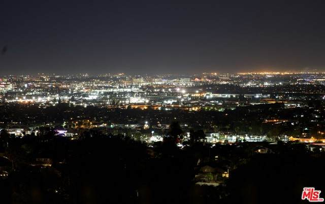 4304 E Terra Vista Lane, Anaheim Hills, CA 92807 (#21750232) :: First Team Real Estate