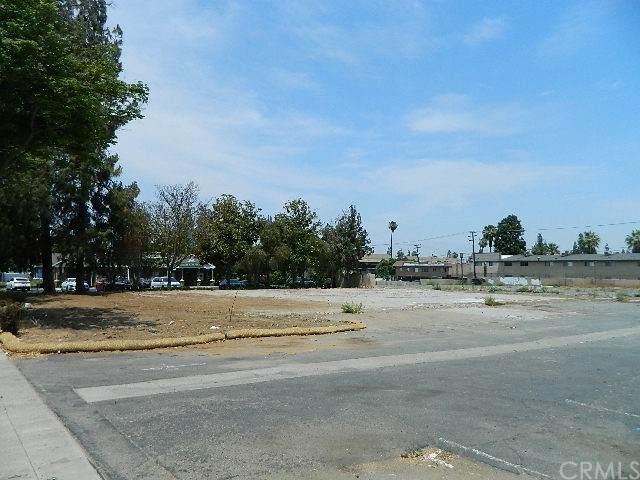 1445 University Avenue, Riverside, CA 92507 (#IV21134198) :: Rogers Realty Group/Berkshire Hathaway HomeServices California Properties