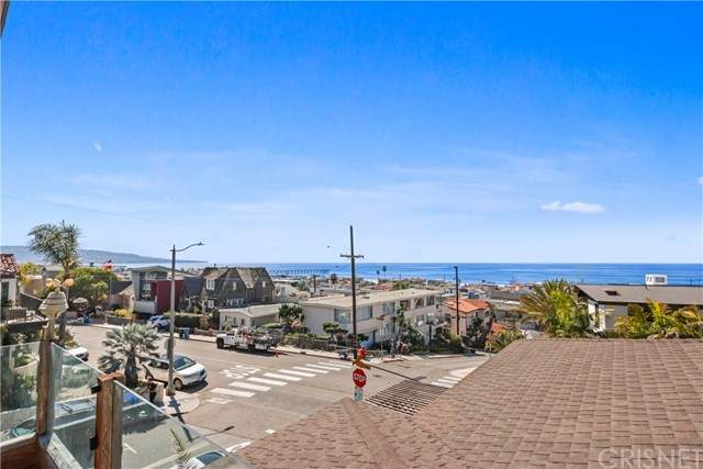 1900 Manhattan Avenue, Hermosa Beach, CA 90254 (#SR21134259) :: Rogers Realty Group/Berkshire Hathaway HomeServices California Properties