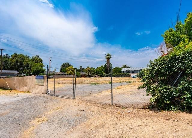 5685 Arlington Avenue, Riverside, CA 92504 (#PW21134164) :: Holmes Muirhead Team at Reviron Realty